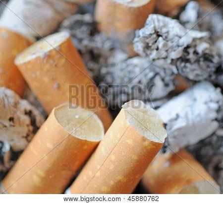 Cigaret ends