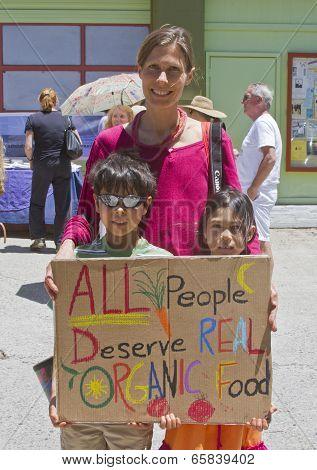 All People Deserve Organic Food