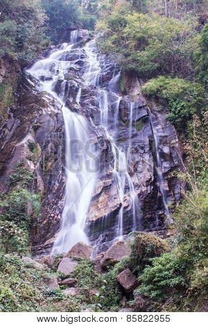 Mae Tia Waterfall, Ob Lung National Park In Chiangmai Thailand