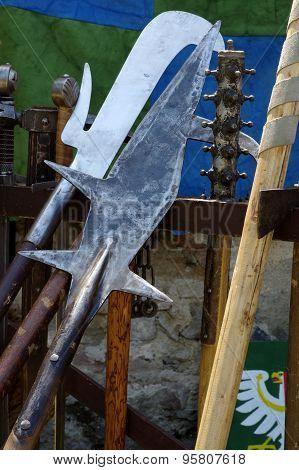 halberd medieval weapons