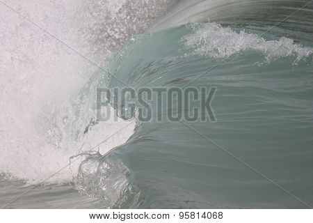 Wave Barrell Curling