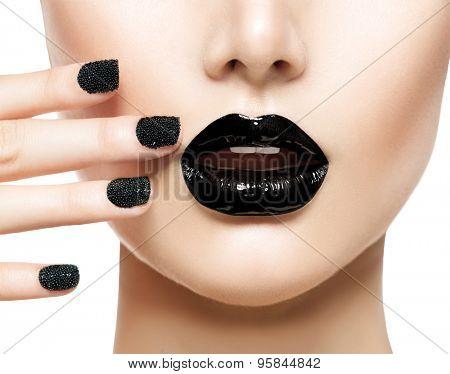 Trendy Black Caviar Manicure and Black Lips. Beauty Fashion Makeup and Manicure. Glamour Nail Art and Make up closeup