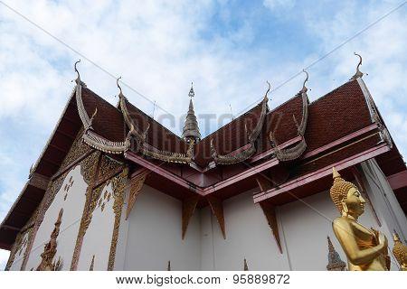 temple , Wat Doisaket