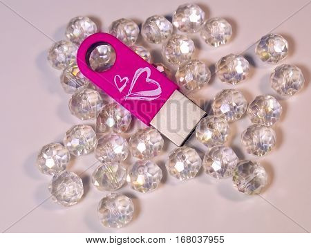 The pink USB flash drive with heart and gems