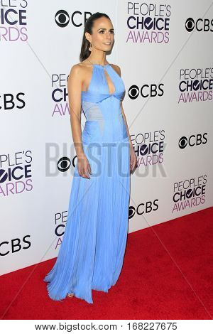 LOS ANGELES - JAN 18:  Jordana Brewster at the People's Choice Awards 2017 at Microsoft Theater on January 18, 2017 in Los Angeles, CA