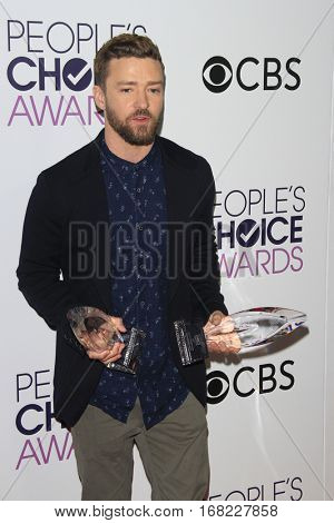 LOS ANGELES - JAN 18:  Justin Timberlake at the People's Choice Awards 2017 at Microsoft Theater on January 18, 2017 in Los Angeles, CA