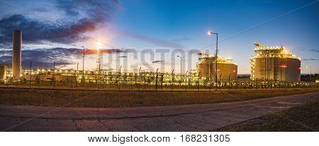 LNG terminal in Swinoujscie,transmission system and storage