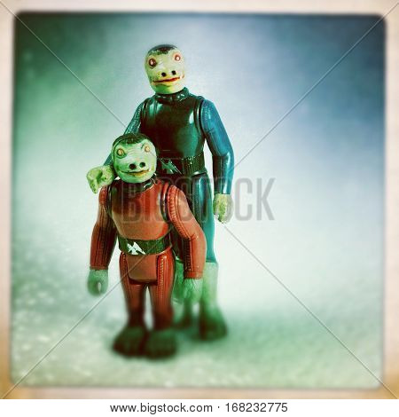 Vintage Kenner Star Wars action figures Snaggletooth and the rare and expensive Sears Exclusive Cantina Adventure Set Blue Snaggletooth - filtered image