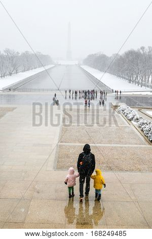 Washington DC in Winter - A misty day in National Mall