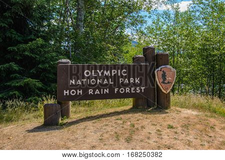 Welcome entrance sign in the Olympic National Park, Washington USA