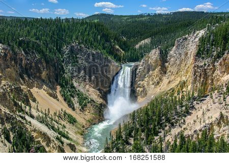 Yellowstone Falls in Yellowstone National Park, Wyoming, USA