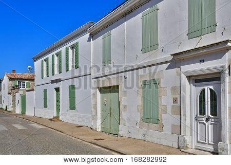 Sainte Marie de Re France - september 25 2016 : the picturesque village in autumn