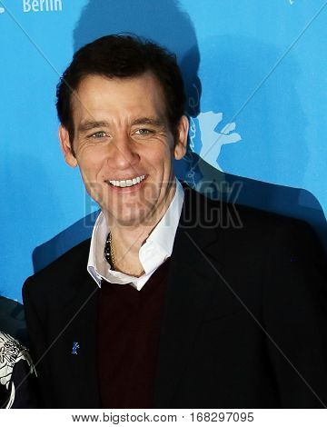 Clive Owen attends the International Jury photo call during the 66th Berlinale Film Festival Berlin at Grand Hyatt Hotel on February 11, 2016 in Berlin, Germany.
