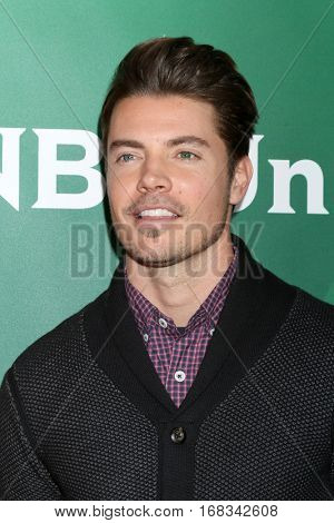LOS ANGELES - JAN 17:  Josh Henderson at the NBC/Universal Cable TCA Winter 2017 at Langham Hotel on January 17, 2017 in Pasadena, CA