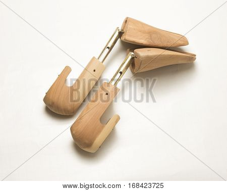 Wooden Adjustable blocks for expanding foot wear