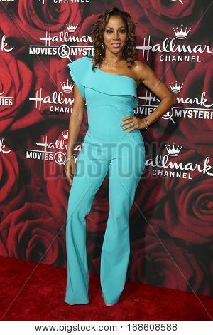 LOS ANGELES - JAN 14:  Holly Robinson Peete at the Hallmark TCA Winter 2017 Party at Rose Parade Tournament House  on January 14, 2017 in Pasadena, CA