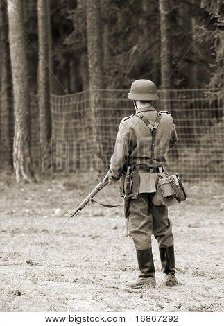 Wehrmacht soldier - WW2 battlefield - Europe
