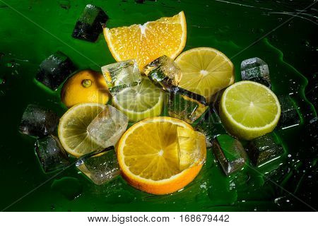 Freshness fruits and cristal cube of ice for preparation of