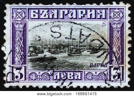 BULGARIA - CIRCA 1911: Postage stamps printed in Bulgaria dedicated to the port of Varna circa 1911.