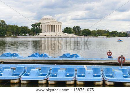 Washington DC - Jefferson Memorial in a cloudy day
