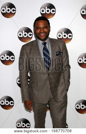 LOS ANGELES - JAN 10:  Anthony Anderson at the Disney/ABC TV TCA Winter 2017 Party at Langham Hotel on January 10, 2017 in Pasadena, CA