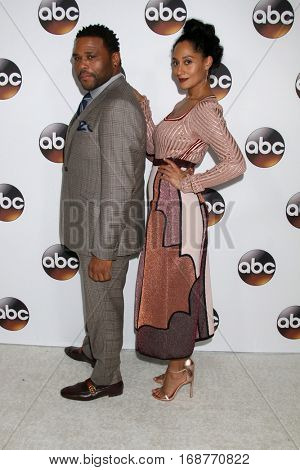LOS ANGELES - JAN 10:  Anthony Anderson, Tracee Ellis Ross at the Disney/ABC TV TCA Winter 2017 Party at Langham Hotel on January 10, 2017 in Pasadena, CA