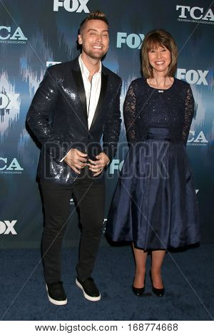 LOS ANGELES - JAN 11:  Lance Bass, Diane Bass at the FOX TV TCA Winter 2017 All-Star Party at Langham Hotel on January 11, 2017 in Pasadena, CA