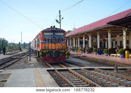 AYUTTHAYA, THAILAND - JANUARY 02 2017: Passenger train arrives at the railway station Ayutthaya