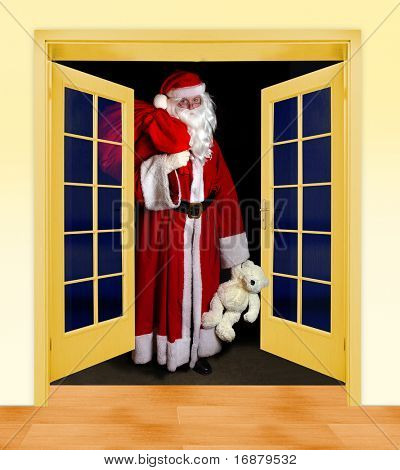 Santa Claus is coming ( the bear is unauthorized homemade work)
