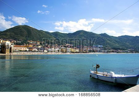 Splendida costa di Cefalù, Palermo - Sicilia
