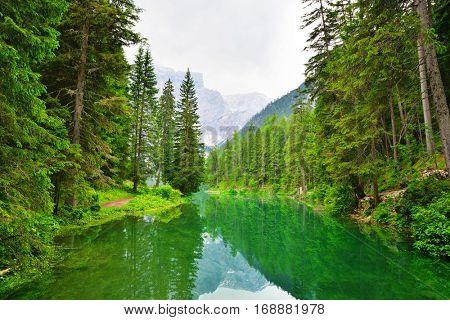 Lago di Braies ( Pragser Wildsee ) in Dolomites mountains, Sudtirol, Italy