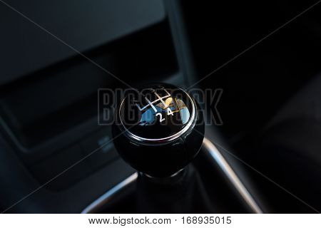 Manual transmission gearstick; Close-up view on lever