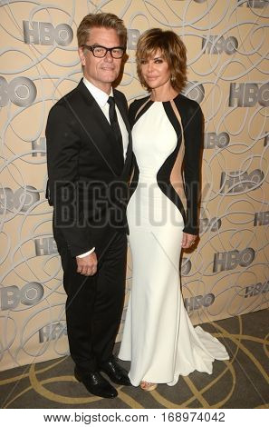 LOS ANGELES - JAN 8:  Harry Hamlin, Lisa Rinna at the HBO Golden Globes After-Party at Circa 55 at Beverly Hilton Hotel on January 8, 2017 in Beverly Hills, CA