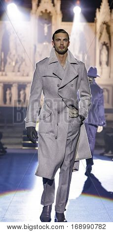 New York Fashion Week: Men's Joseph Abboud Fw 2017 Collection