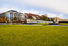 Hdr Berlin Wall