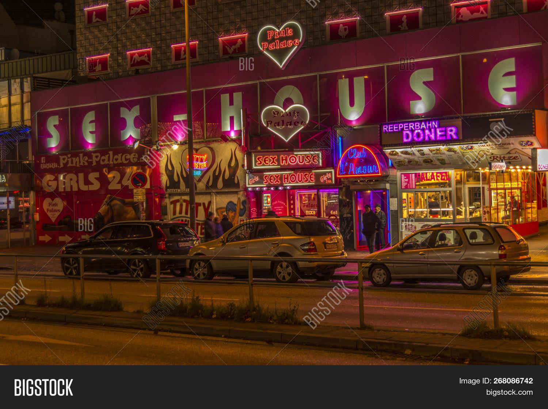 Hamburg pink palace prices