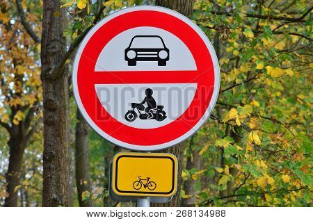 Traffic Sign, The Forbidden Entrance Of All Motorized Vehicles, Bike Trail, South Bohemia, Czech Rep