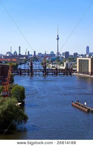 Berlin Skyline Rf