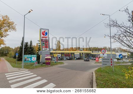 Pruszcz Gdanski, Poland - November 4, 2018: Lotos Gas Station With Higher Price For Diesel Then 95 O