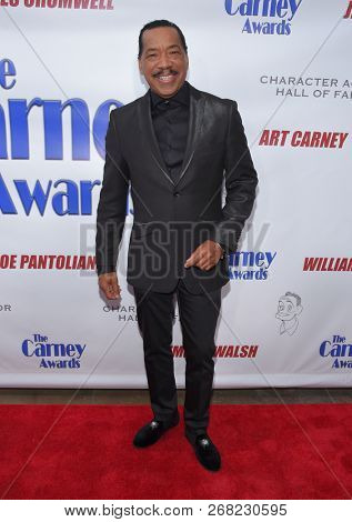LOS ANGELES - OCT 28:  Obba Babatunde arrives for the Carney Awards 2018 on October 28, 2018 in Santa Monica, CA