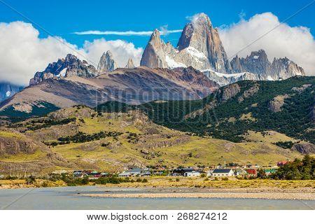 River Rio de las Vueltas near El Chalten town and mountain panorama with Fitz Roy peak at Los Glaciares National Park, Argentina