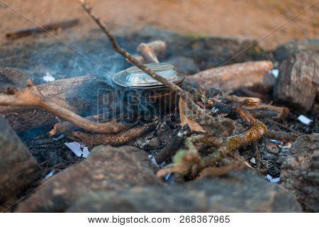 Cooking And Camping In Himalayas, Khaliya Top, Munsiyari, Uttrakhand, India -