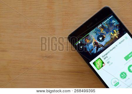 Bekasi, West Java, Indonesia. November 13, 2018 : Dungeon Hunter 5 - Action Rpg Dev App With Magnify