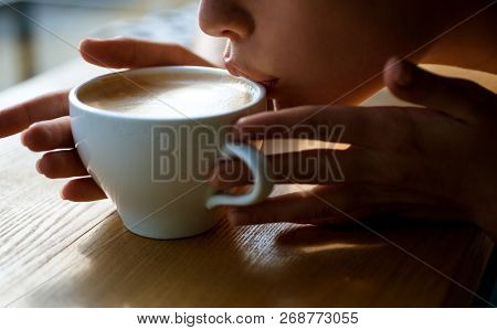 Girl Smell Aroma Coffee Cup. Perfect Morning With Best Coffee. Fresh Morning Coffee With Milk And Cr