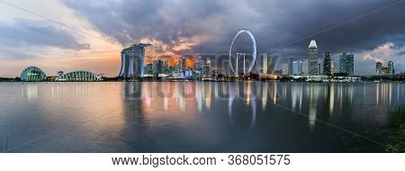 Singapore - 16 Oct 2019: Composite Panorama Of Central District Skyline With Gardens By The Bay, San