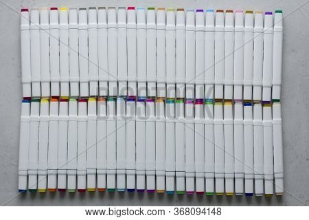 Set Bright Multi-colored Felt-tip Pens Or Markers With Designation Numbers, Name Of Color. Creativit