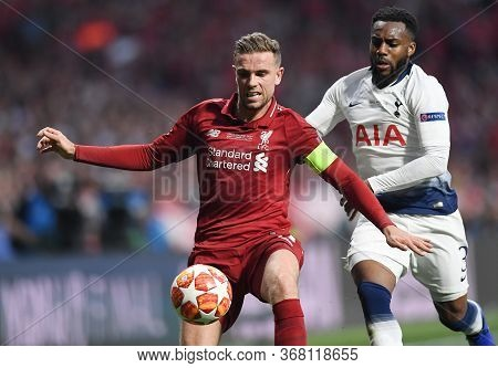 Madrid, Spain - June 1, 2019: Jordan Henderson Of Liverpool (l) And Danny Rose Of Tottenham (r) Pict