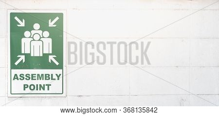 Emergency Evacuation Assembly Point Sign Banner, Gathering Point Signboard In The Departmenstore, Fo