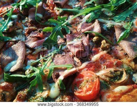 Pizza Tasty Italian Fast Food Tomato Ham Arugula Cheese Mushroom Macro Photo
