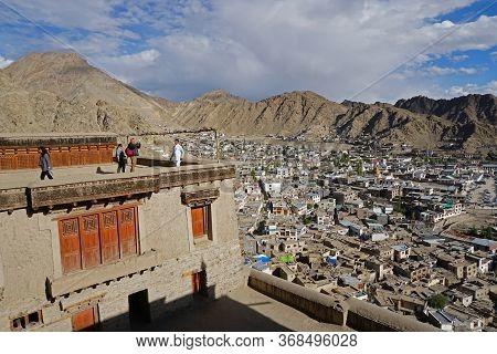 Tourist Visiting Leh Palace, In Leh Ladakh Capital City Of Jammu & Kashmir State, North India. Septe
